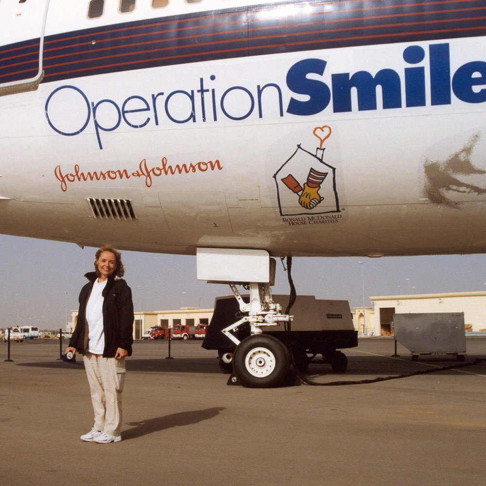 (28-004) Molly-OpSmilePlane copy.jpg