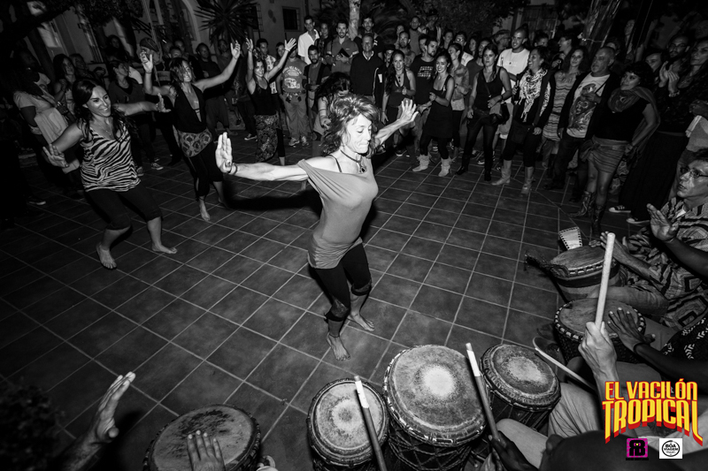 Afro-Dance-Percussion-at-El-Vacilon-Tropical-2014.jpg