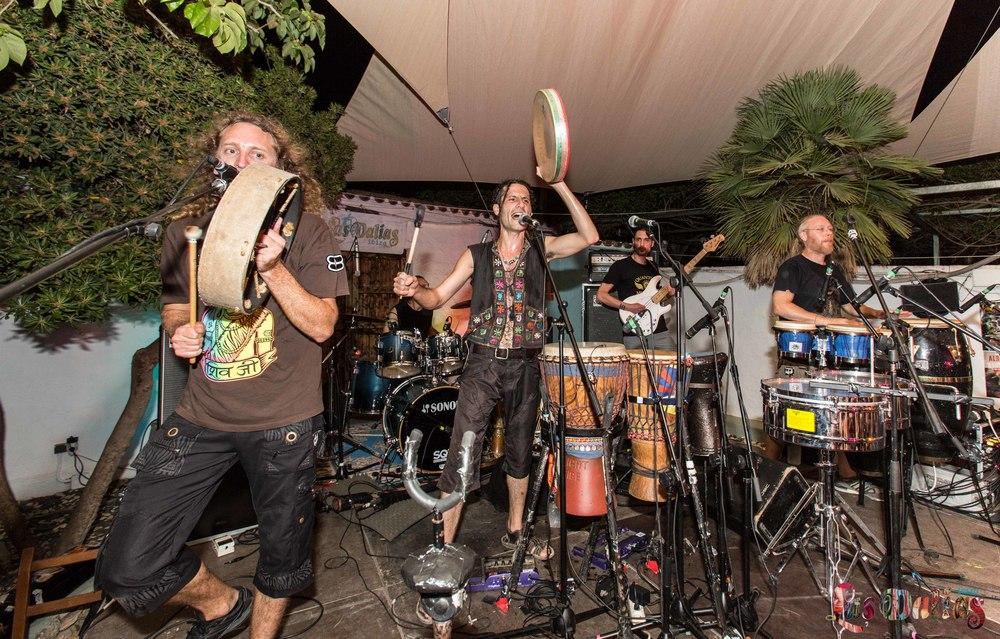 Hilight tribe presenta su nuevo disco