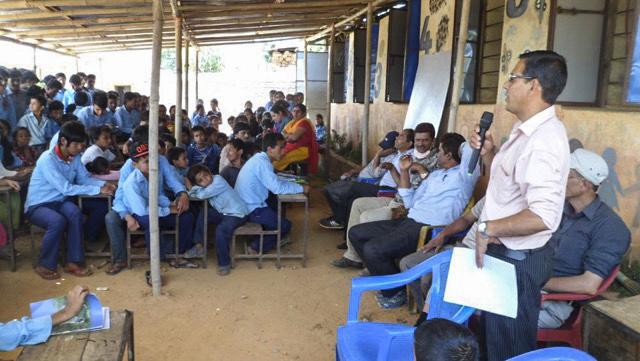 inaugurando escuela reconstruida.jpg