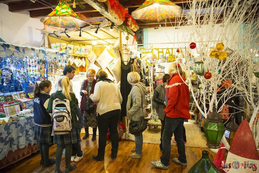 ¡Ya ha comenzado el mercadillo navideño en Las Dalias!