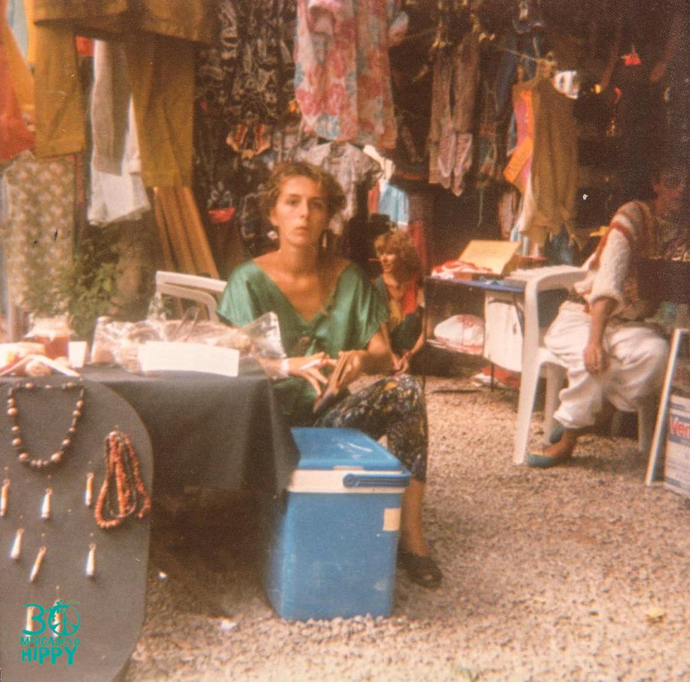 1988_puesto mercadillo2.jpg