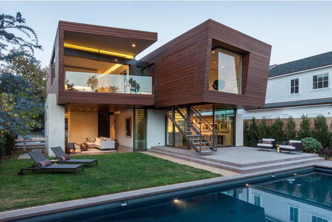 The Split House Project, Santa Monica, California, by Michael Kovac & Associates, with art by contemporary artist Steven Silverstein.