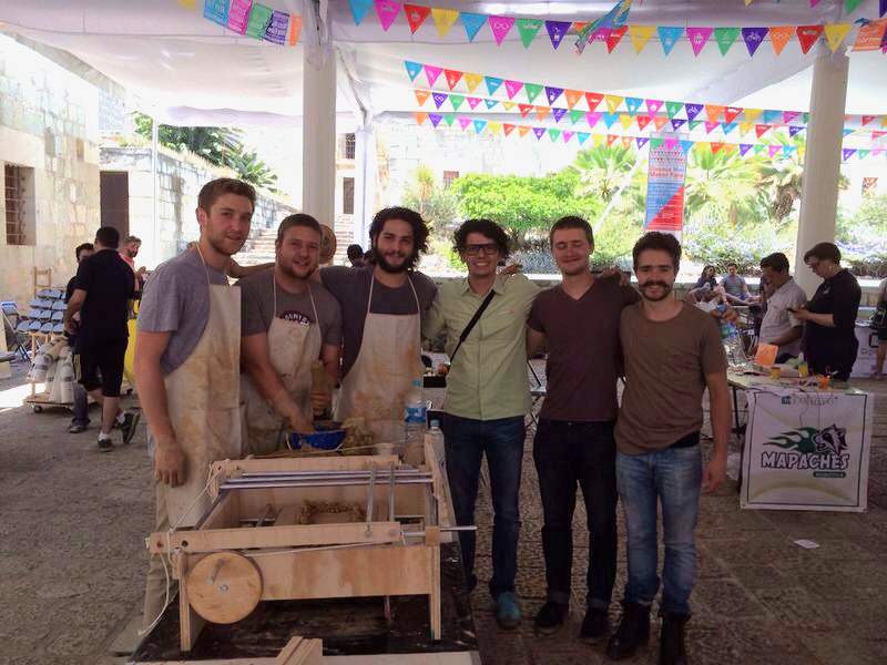 El equipo 3Danálogo: Alberto Vivar, Harry Möller, Daniel Obregón, Pablo Kobayashi, Martin Detoeuf y Andrés Harvey.