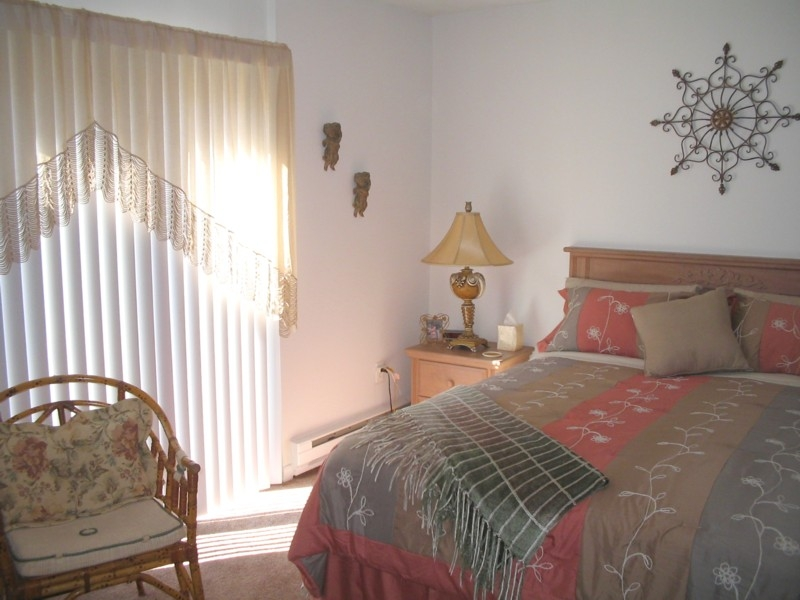 Hunters Creek Bedroom.JPG