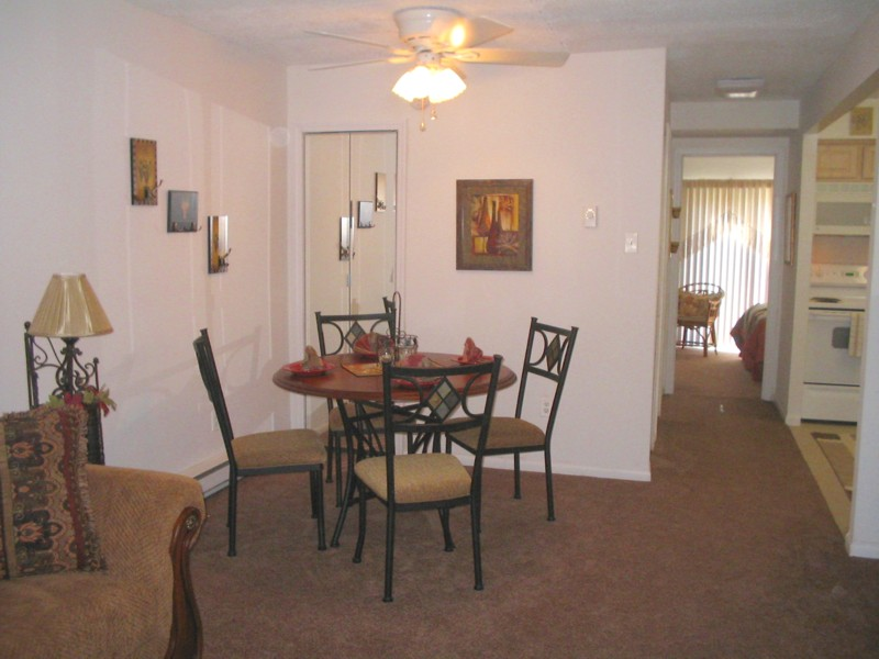 Hunters Creek Dining Room.jpg