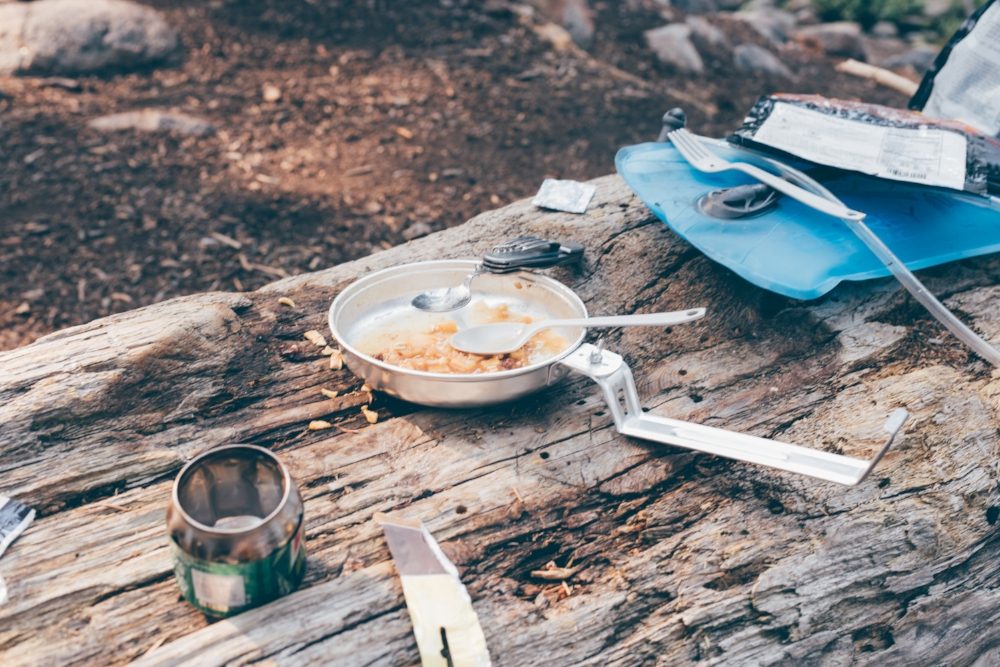 backpacking-camp-food.jpg
