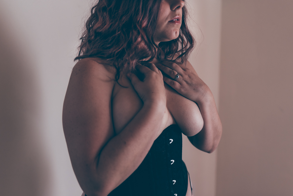 San Diego BDSM Collar Boudoir by Debra Alison Photography