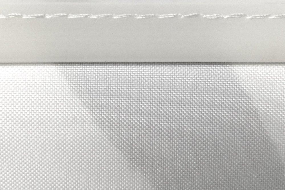 Silikon veya PVC fitil - Çerçeve sadece bir kez satın alınıyor.Kumaş baskının etrafına dikilmiş silikon veya pvc fitil sayesinde afiş değişimi, profesyonel olmayan biri tarafından herhangi bir özel alet kullanılmadan çok kolay ve hızlı bir şekilde yapılabilir.