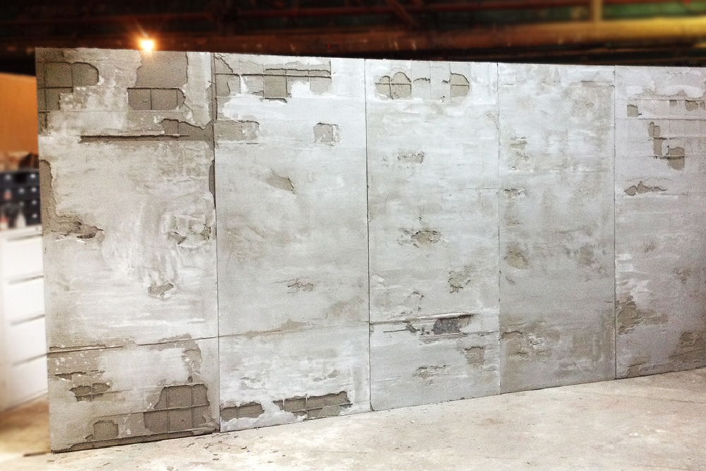 ENJ 22 Distressed Backdrop & Steel Herringbone Floor-02.jpg