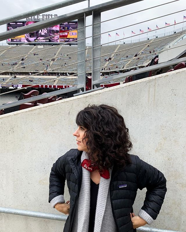 """""""It's a footballlll weekendddd!"""" 
