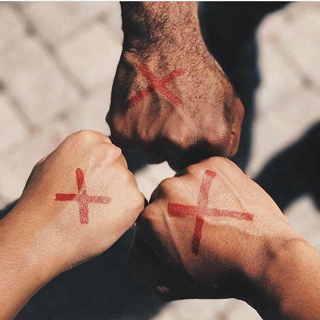 """❌ """"Our lives begin to end the day we become silent about the things that matter."""" -Martin Luther King   LETS stop reading statics and start CHANGING them! Be the light in this dark and hurting world. Praying #enditmovement #humantrafficking"""