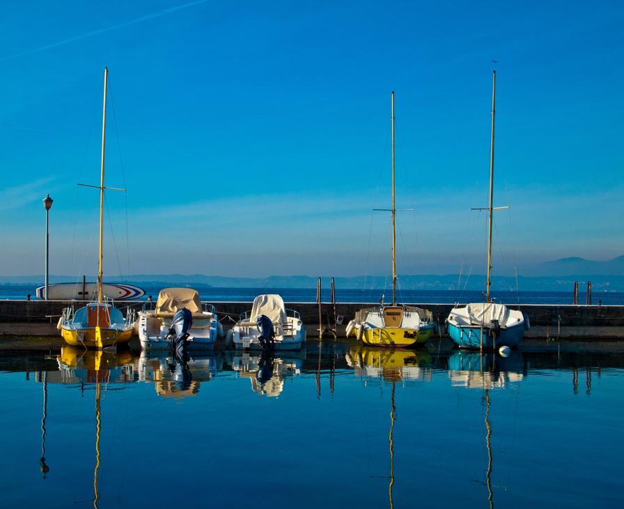 500px   Photo  Reflections  by Lorenzo Strambi