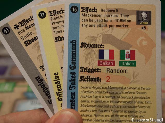 Le carte delle tre epoche. Ben evidenti dall'alto verso il basso le 4 fasi di gioco: Effect, Advance, Trigger, Actions.