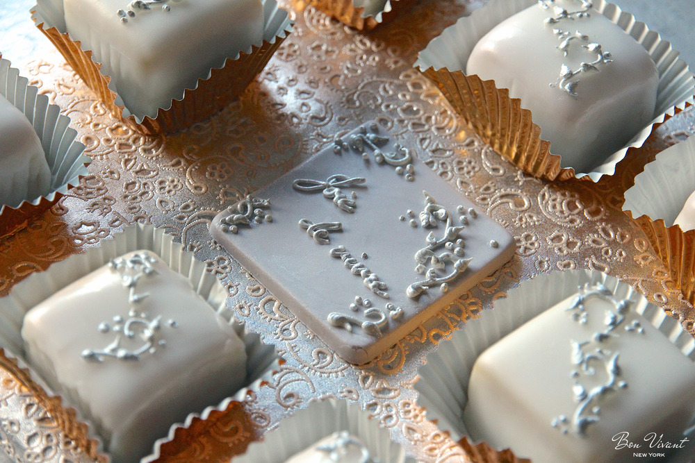 "Silver Rococo Wedding Collection - petit cakes and ""joie de vivre"" plaque"