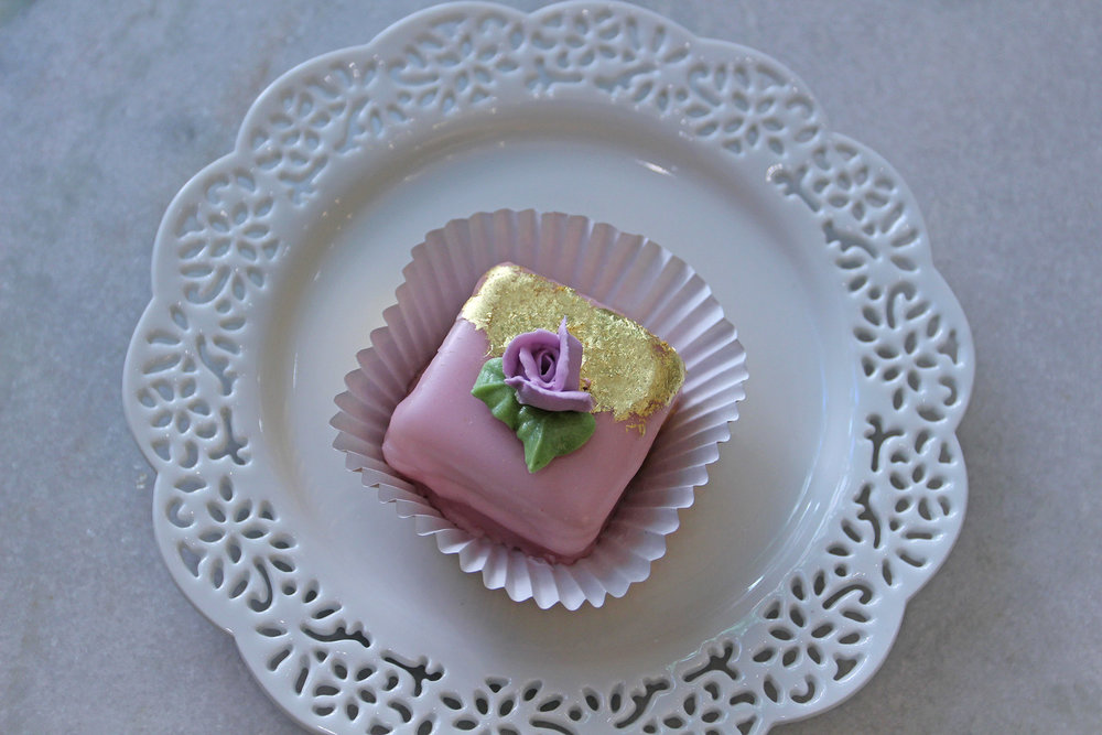 Rose Petit Cake supporting Breast Cancer Awareness
