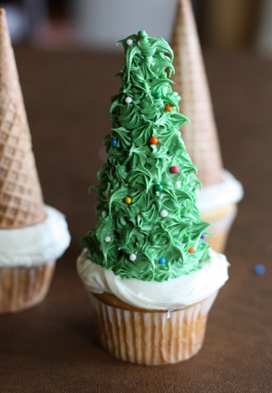Christmas tree cupcakes.  //   Tablespoon