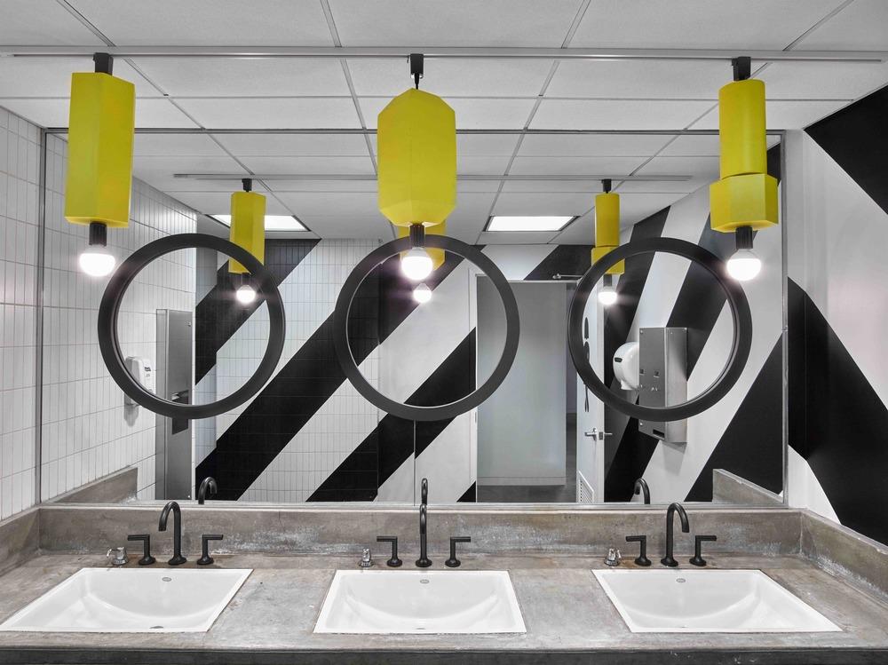 ghislaine viñas interior design barrows 8439