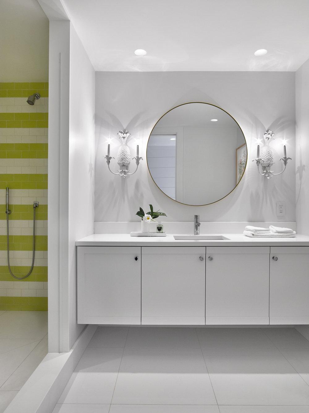 © ghislaine vinas interior design_montauk_pineapple3.jpg