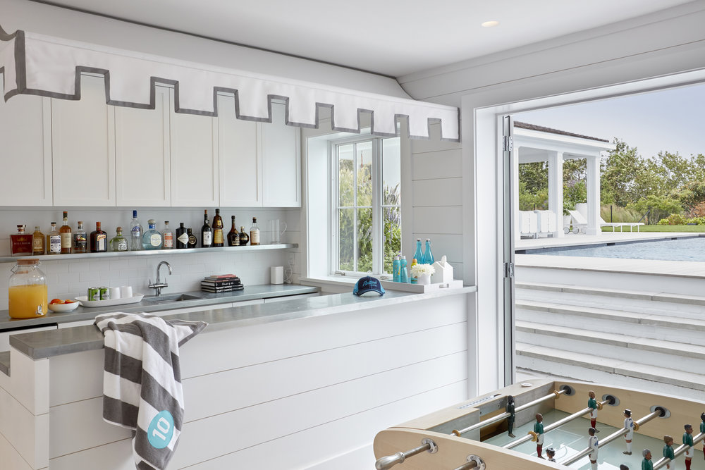© ghislaine vinas interior design_montauk_bar.jpg