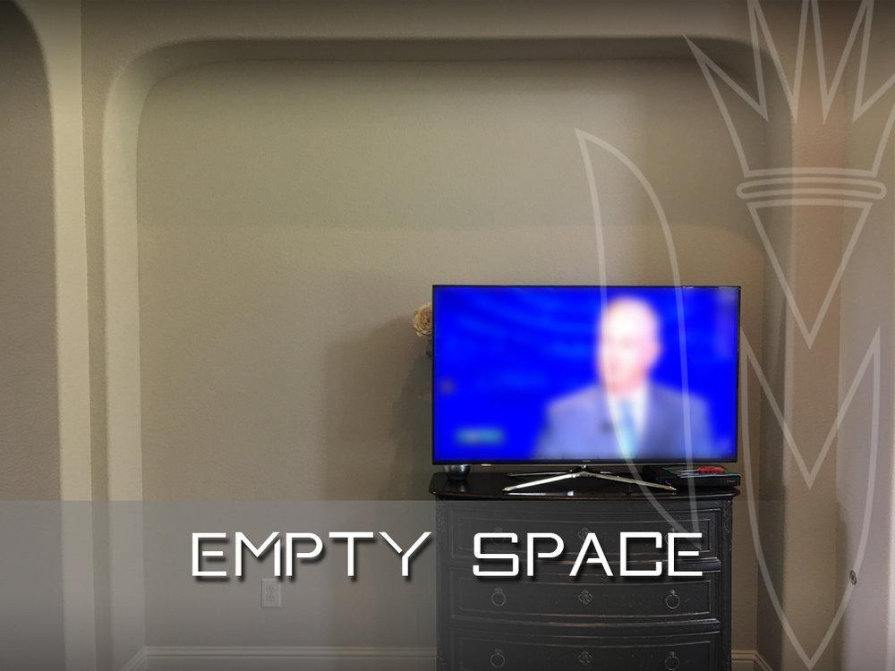 Empty Niche with TV