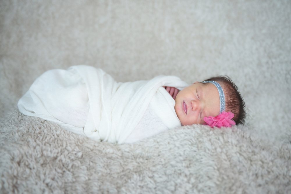 aurelia_newborn-34 edit.jpg