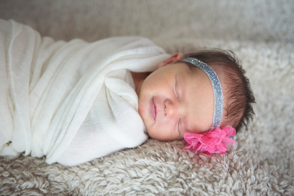 aurelia_newborn-38 edit.jpg