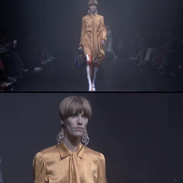 Reni walking #balenciaga for #parisfashionweek lookin #mod af 🔶Sick haircut sick outfit! NBD 🔸ps- this is anna btw aka proud band member.