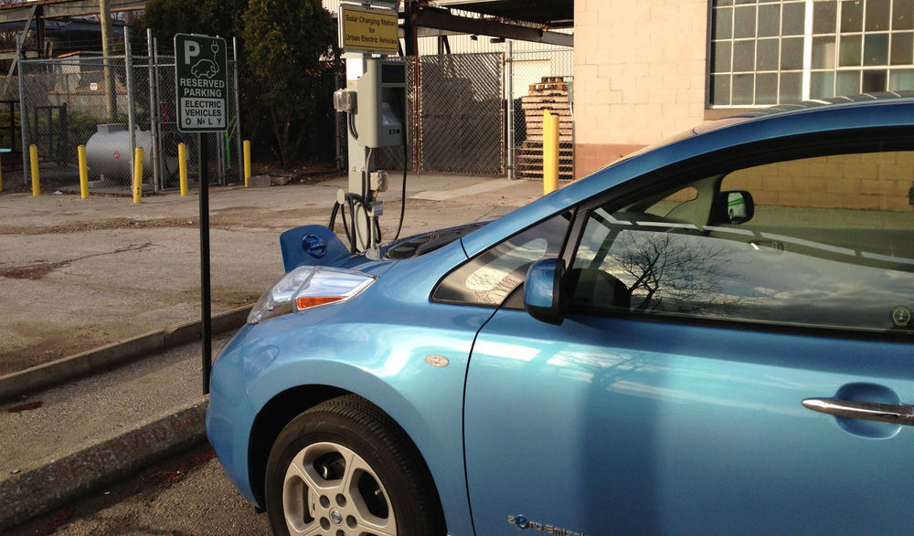 Electric car charging at the RET-Center in Windsor.