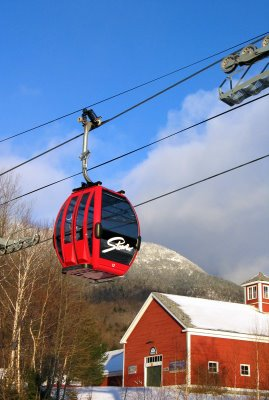 The Over Easy transfer lift at Stowe Mountain Resort