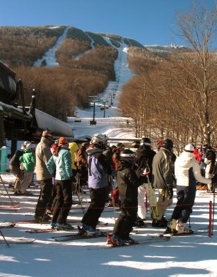 Lining up at the Quad, December 13, 2008