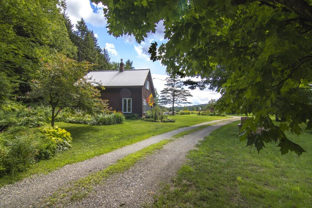 32-IMG_0556 20130730 Lipke Vigesaa House from Driveway.jpg