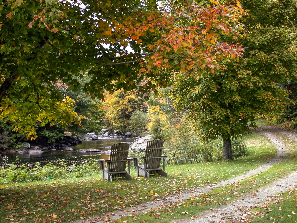 34-Lipke -- Fall chairs on river bank.jpg