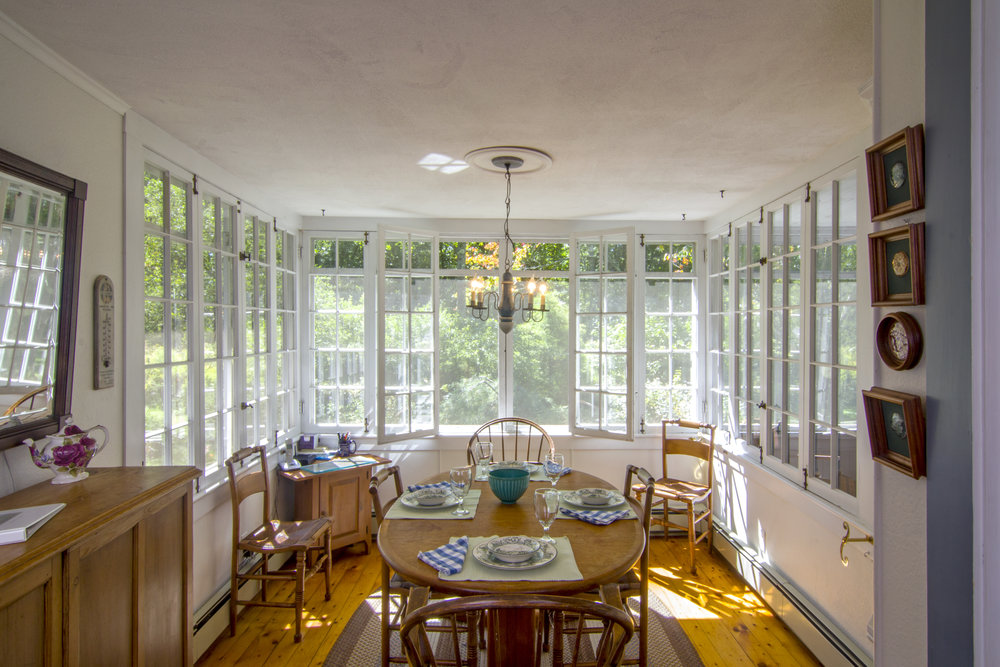 03-Dining Room