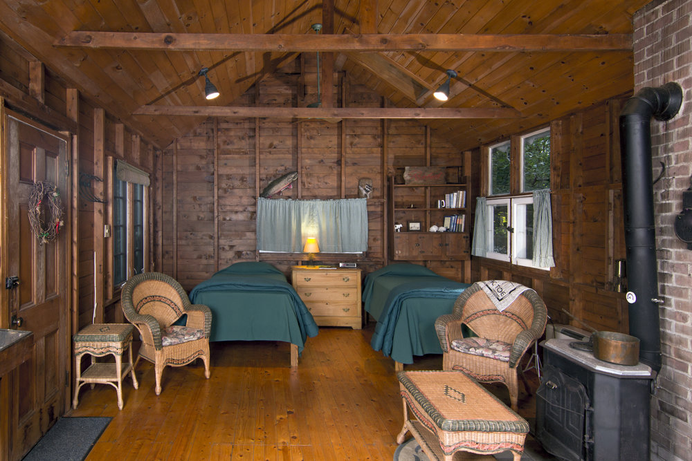 09-Cottage interior