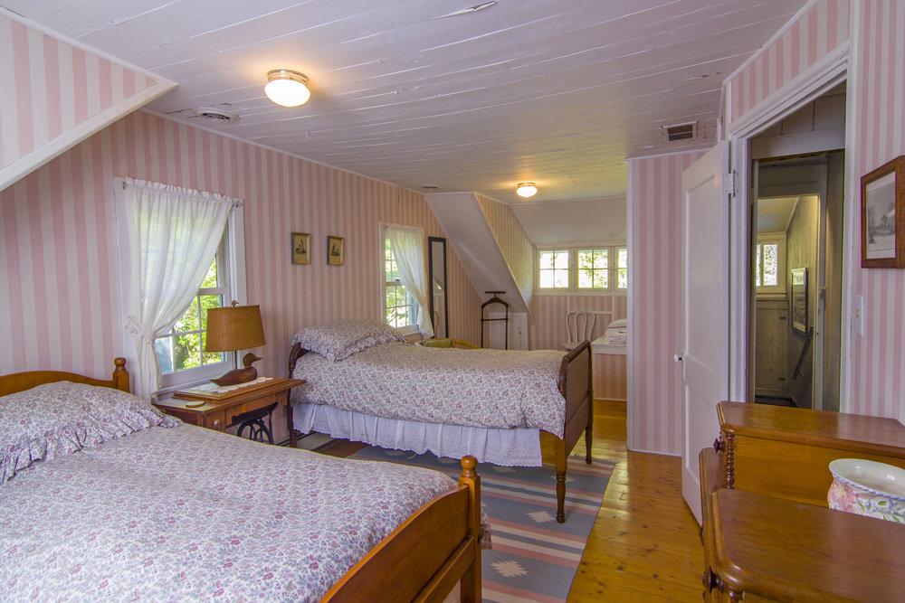 21-Bedroom #3