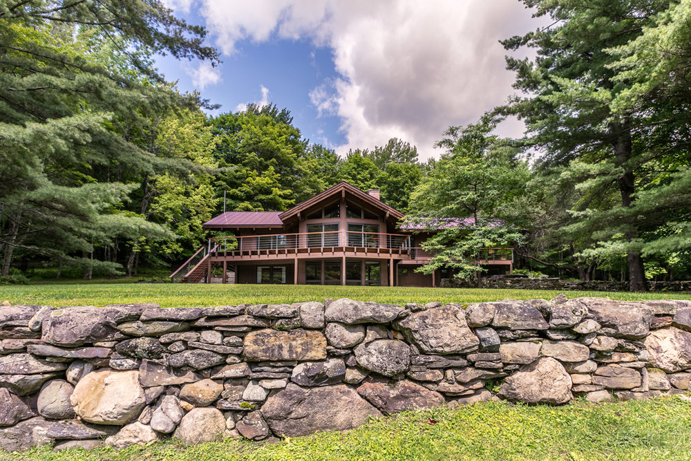 3564 Weeks Hill Road   Stowe, VT, United States $ 1,975,000