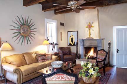 Living_Room1.jpg