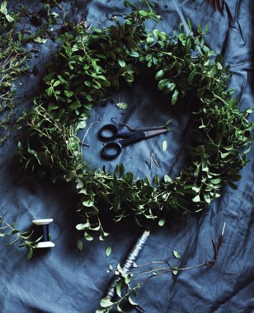 green-wreath-winter.jpeg