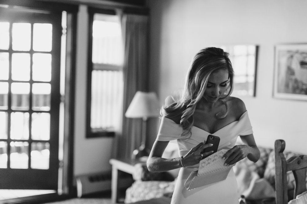 K+KPhotography_A+AElopement_Share-178.jpg