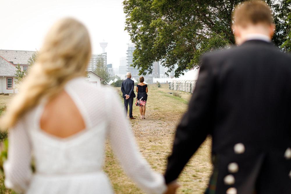 048-calgary-wedding-photographers.jpg