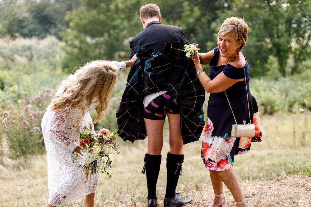 051-calgary-wedding-photographers.jpg