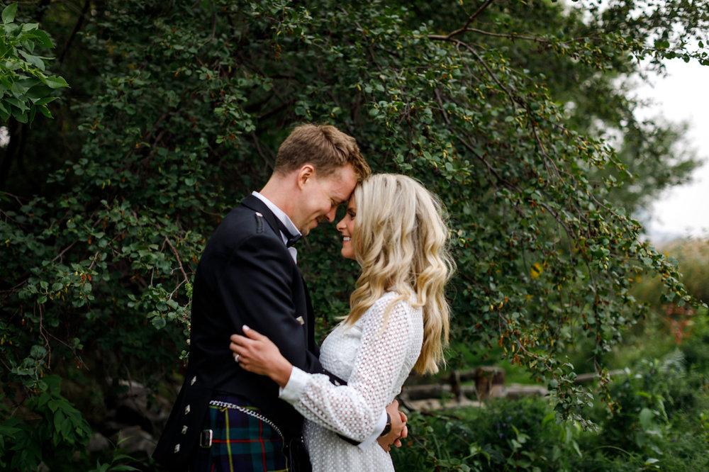 067-calgary-wedding-photographers.jpg