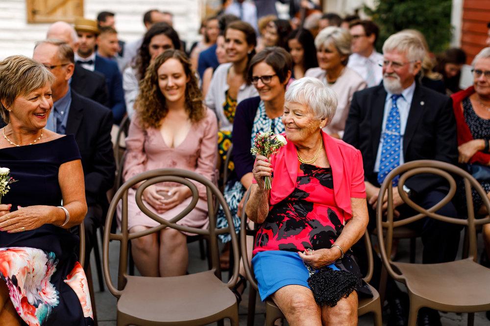 083-calgary-wedding-photographers.jpg
