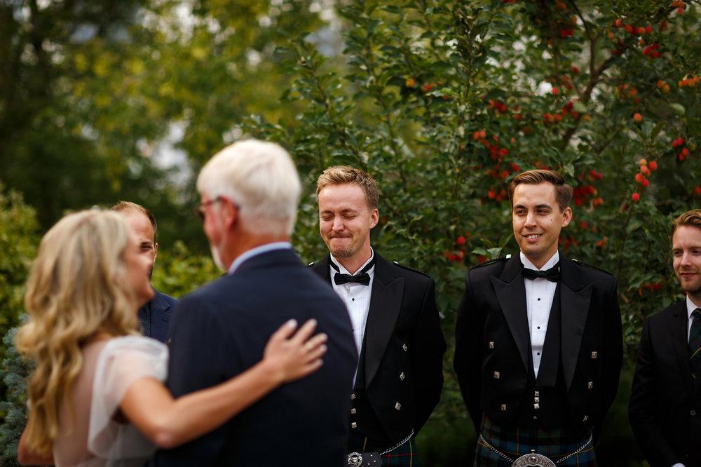 087-calgary-wedding-photographers.jpg