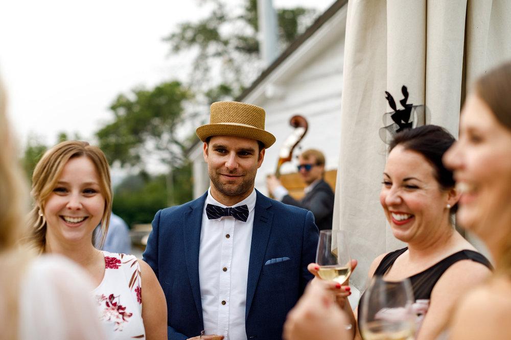 103-calgary-wedding-photographers.jpg