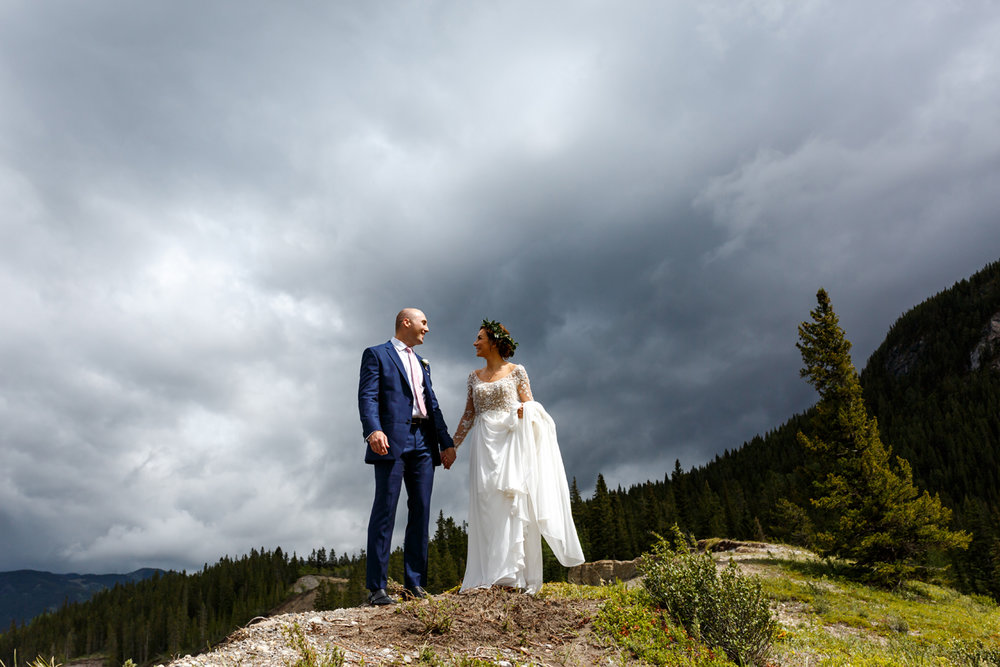048-calgary-wedding-photographers.jpg
