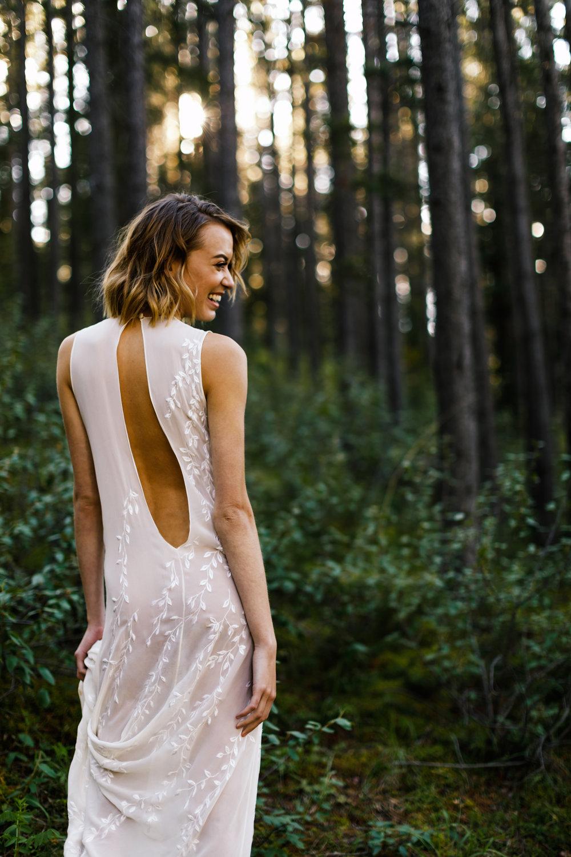 006-spray-lakes-wedding-photographer.jpg