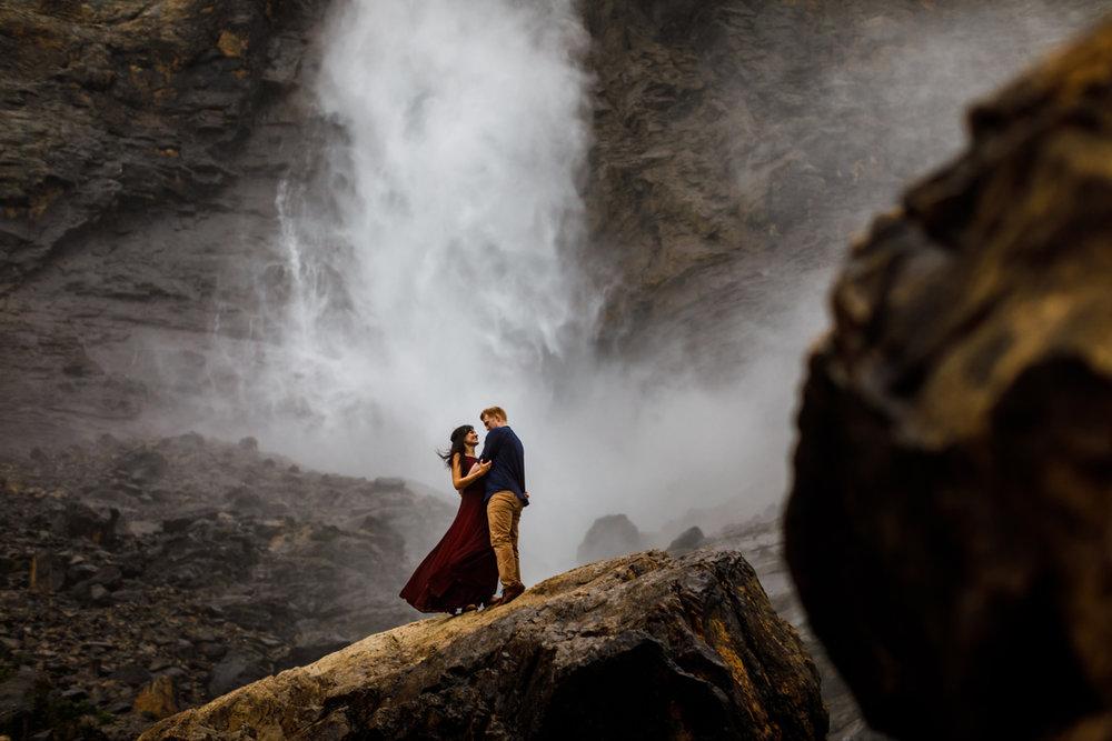 028-takakkaw-falls-engagement.jpg
