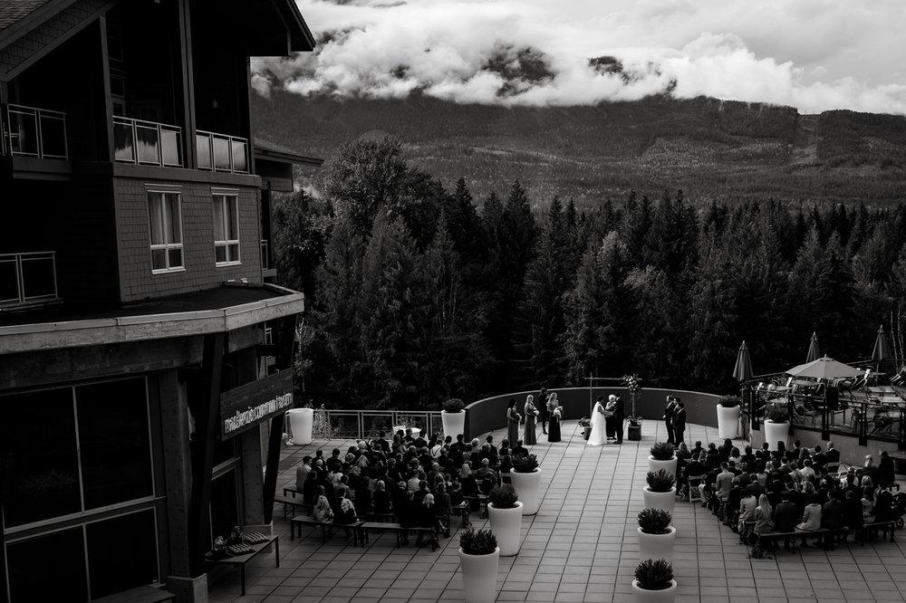 065-revelstoke-wedding-photographer.jpg